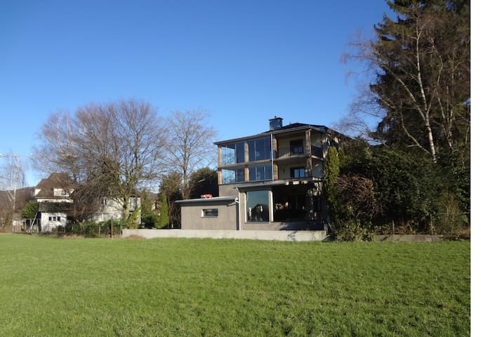 Design Wohnung mit allem Komfort - Siebnen - Byt