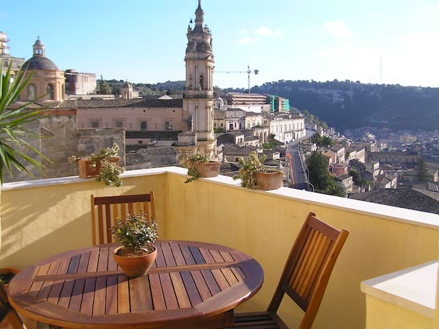 Romantic house with topview terrace - Modica - Dom
