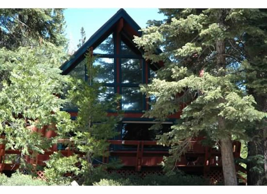 Cozy affordable north tahoe cabin close to lake cabins for North lake tahoe cabins
