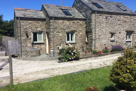 Traditional Cornish Barn Conversion - Camelford - Maison