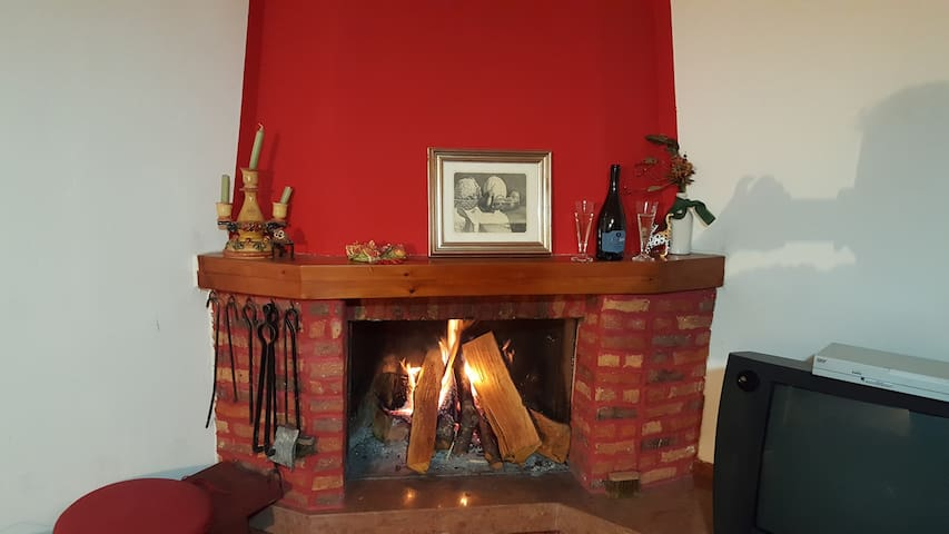 """Appartamento al residence """"Elvira"""" - Camigliatello Silano - 獨棟"""