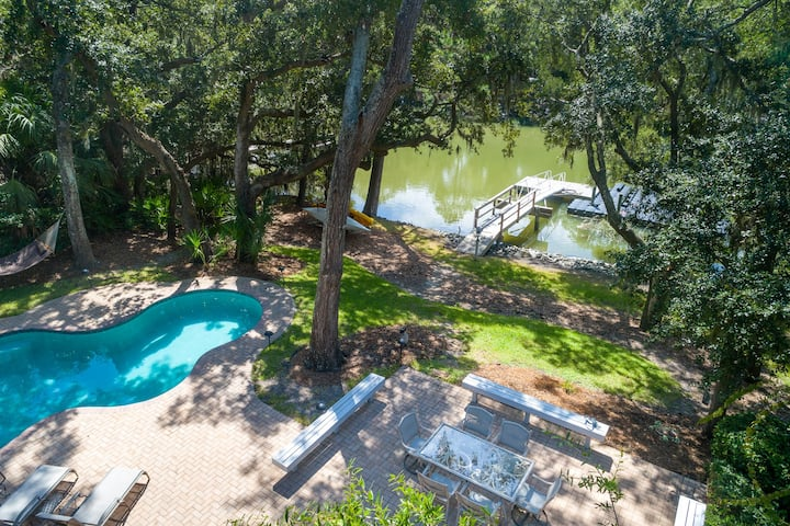 17 BAYNARD COVE IS THE ULTIMATE ISLAND DREAM WITH PRIVATE POOL & DOCK!