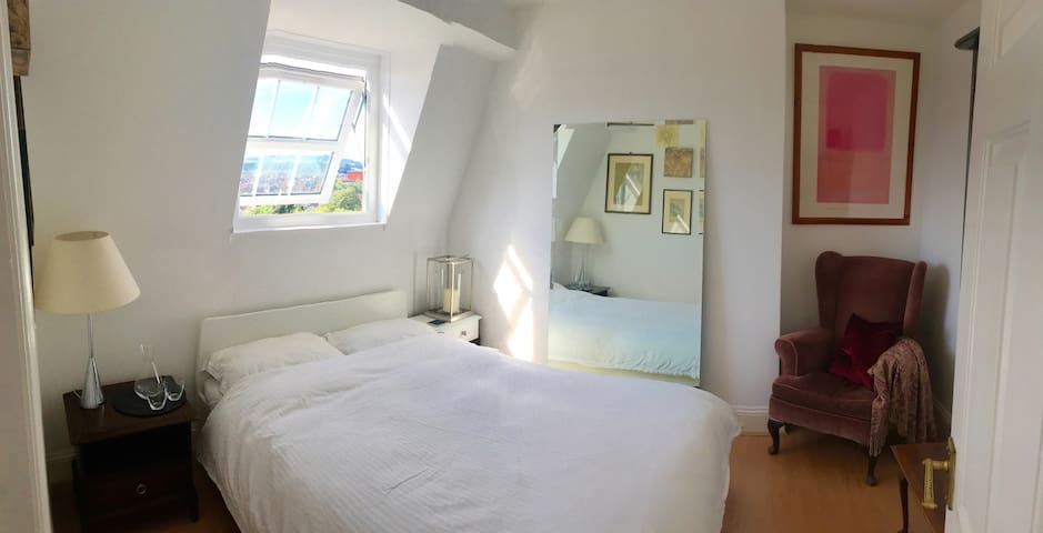 Double room very close to harbourside and centre - Bristol - Pis