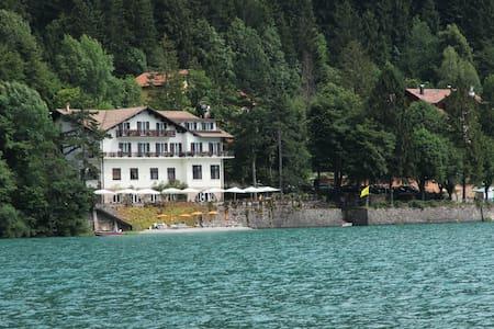 Lago Park Hotel,  Lago Molveno - Molveno