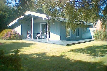 Summerhouse - 50 m. to the beach - Vejby Strand - Blockhütte