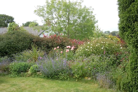 The Mill - 1 bed detached cottage (1 dog welcomed) - Falmouth - House