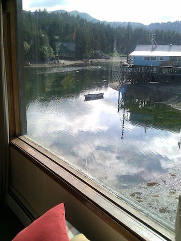 Seldovia Rowing Club B &B Suite..