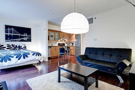 LUXURIOUS STUDIO IN OLD MONTREAL - Montreal - Apartment