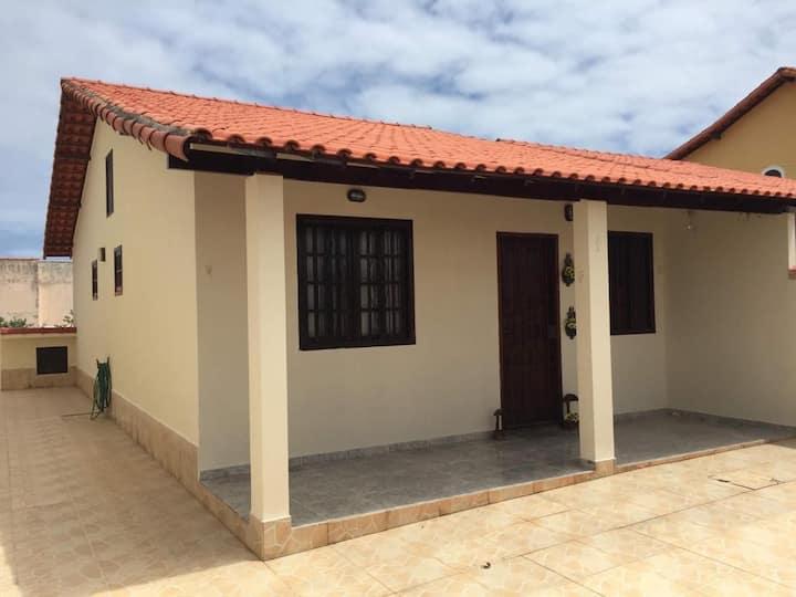 Casa de 2 quartos em Guaratiba-Maricá