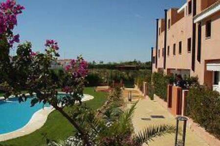 Urbanización Las Alondras 13 Islantilla Huelva - 韦尔瓦 - 公寓