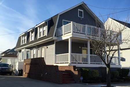 Spacious Home 1 block to the beach - Ventnor City - Casa