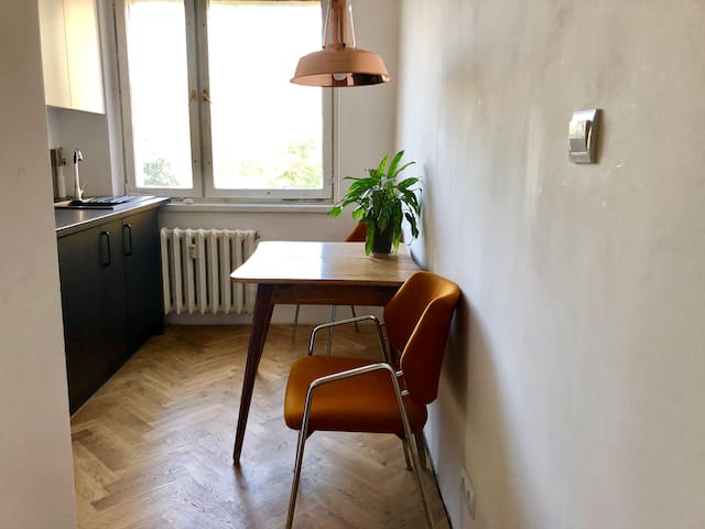 Super cosy one bedroom flat - 5 min from the tube