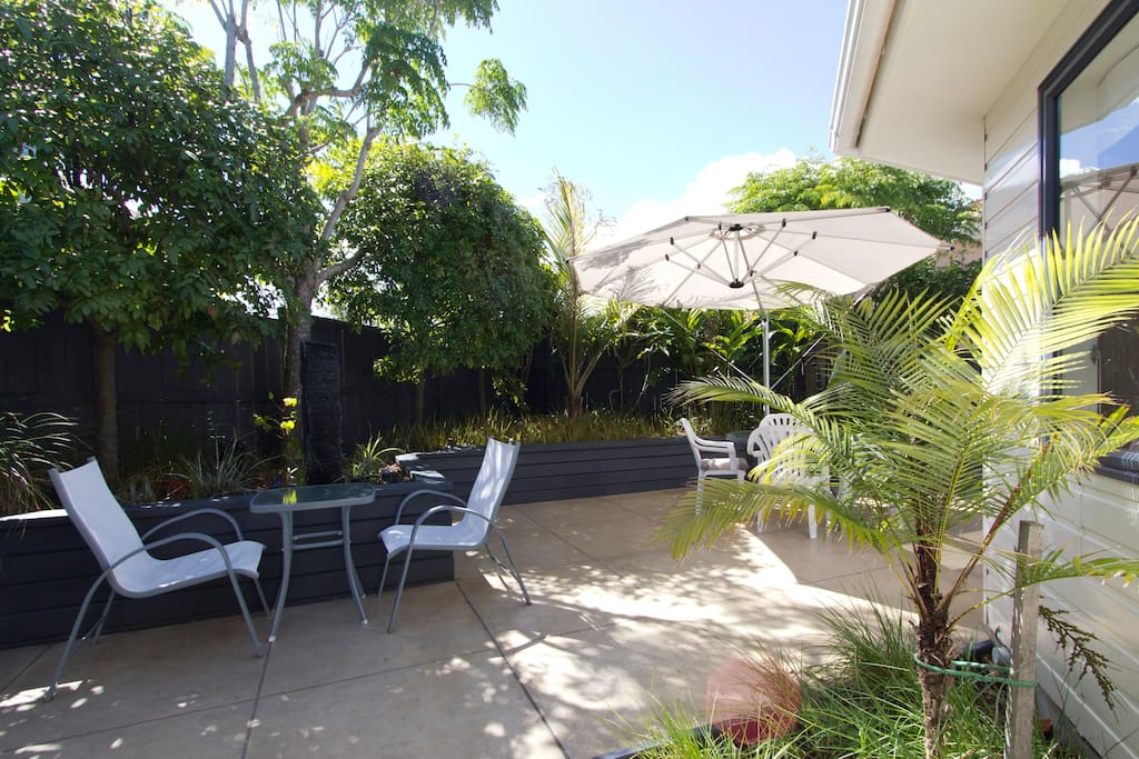 Shared courtyard to relax in