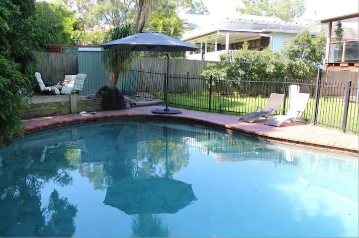 2BDR,2BTH, Pool, Spacious,Ground Fl - Ashgrove - Appartement