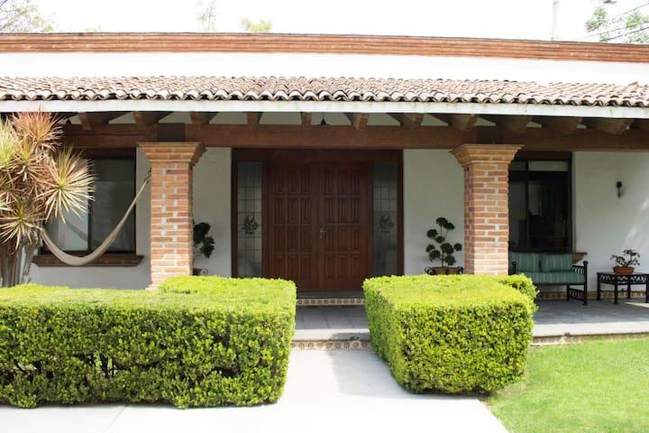 """""""The Mexican House"""" Departamento LOFT"""