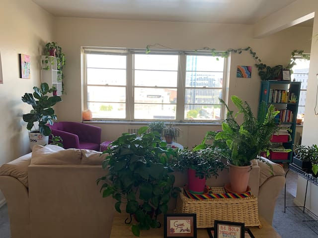 1 BDRM Plant Paradise in the Heart of Capital Hill