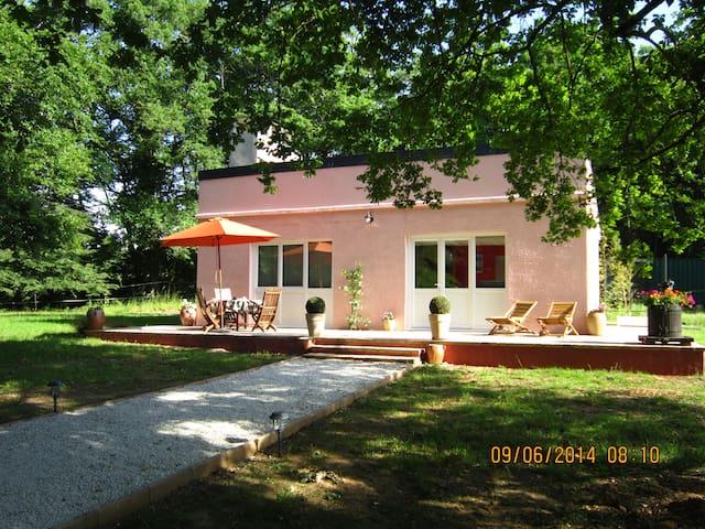 Gite proche du site de Guedelon 3km - Saint-Amand-en-Puisaye - Dom