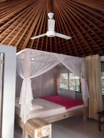 Cozy basic room wit fan. great view - tabanan - Vila