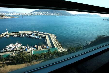 What a beautiful ocean view in home - Seo-gu - Villa