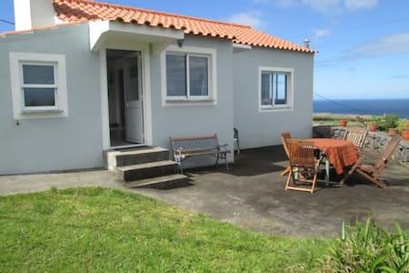 Casa do Cascalho - Cedros