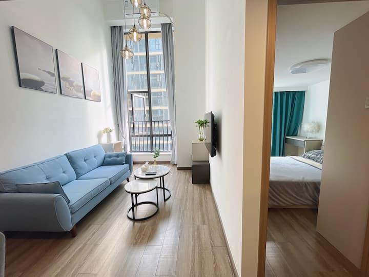 东城地铁口简约复式loft三室一厅