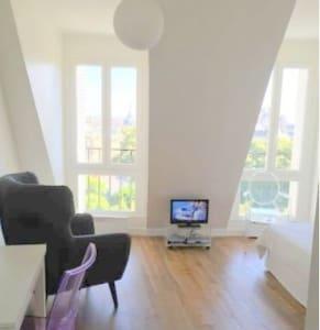NEW Best view of Paris !! - 巴黎 - 公寓