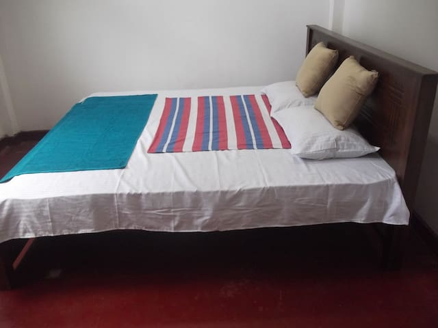 king size large beds with comfortable metress(bed room 1)