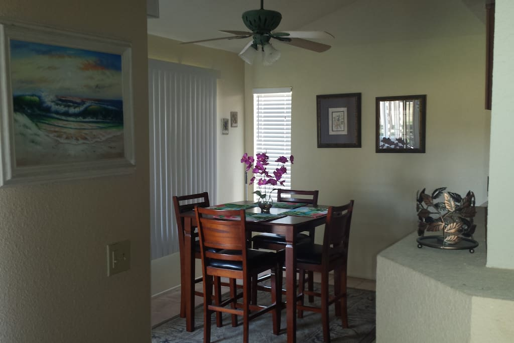 Dining room, 4 seat pub table with beautiful mountain and golf course views