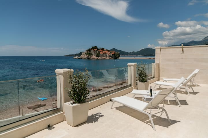 Luxury Mansion at Sveti Stefan Beachfront