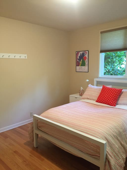 Bedroom with a full sized bed
