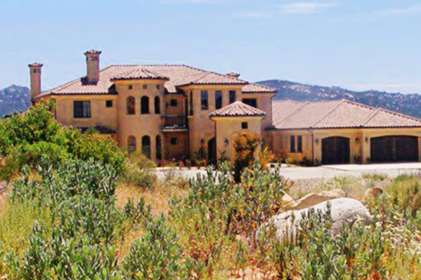 Beautiful Hilltop Mansion in the Murrieta Hills...  Local hiking trails, and breathtaking views await you on the Santa Rosa Plateau..