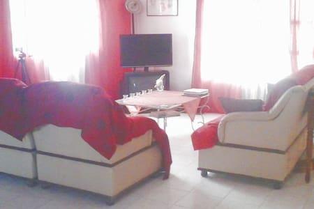 """Maison et services """"MAISON AFIDI """" - Abidjan - House"""