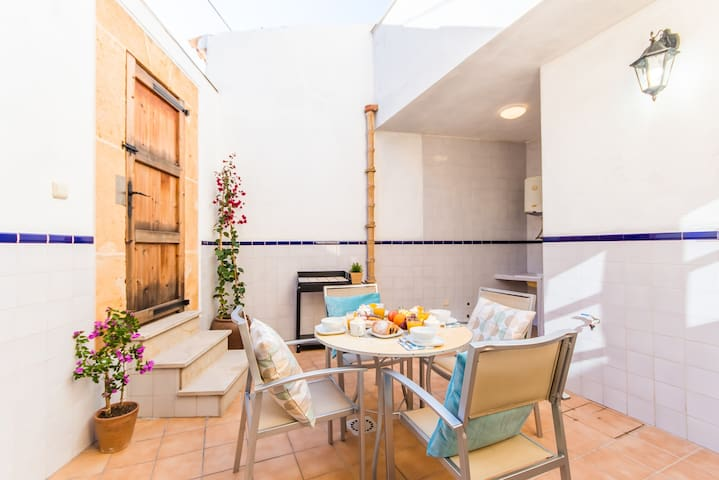 ☼ Barbera - Great house in the old town of Alcudia