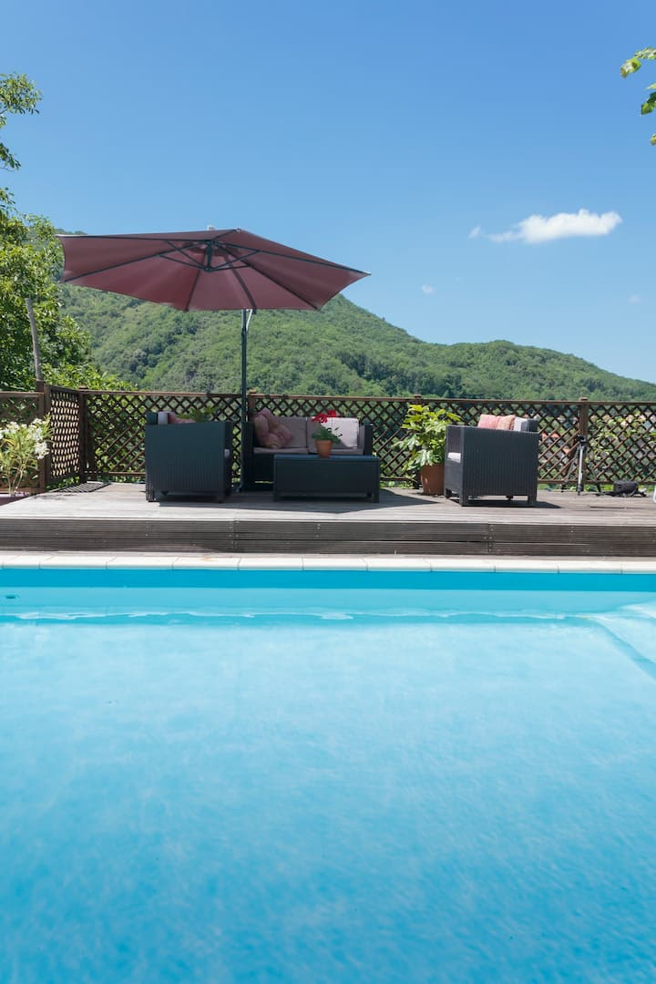 Surya Pyrenees B&B Foix - Yoga/Pool/Views/Gdn Rm 4