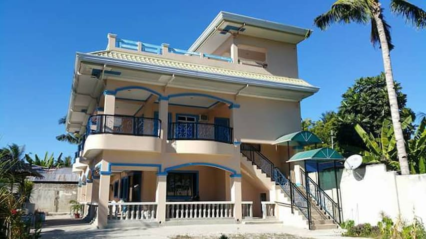 Cheap accommodation in Sta.Fe (family room)