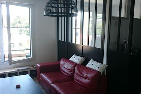 Grand studio proche Paris - Eaubonne - Apartament