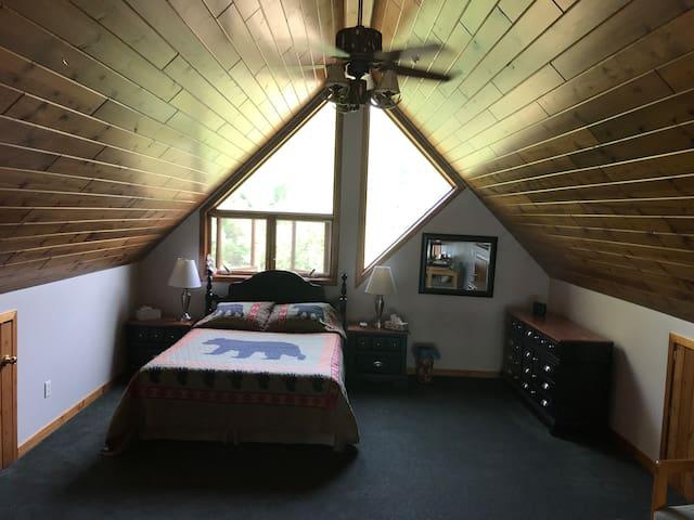 Loft bedroom. Queen bed