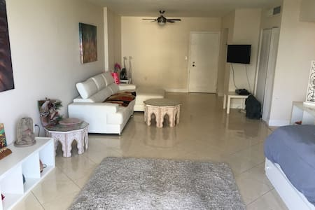 Nice apartment in South Miami Beach - Miami Beach