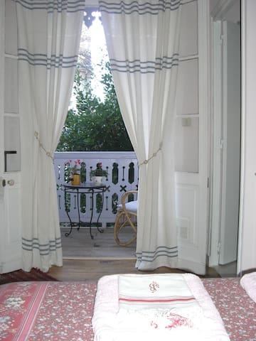 Chambre d'hôtes cosy - PAU - ที่พักพร้อมอาหารเช้า