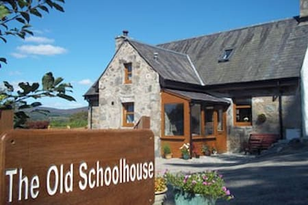 The Old Schoolhouse - Kingussie