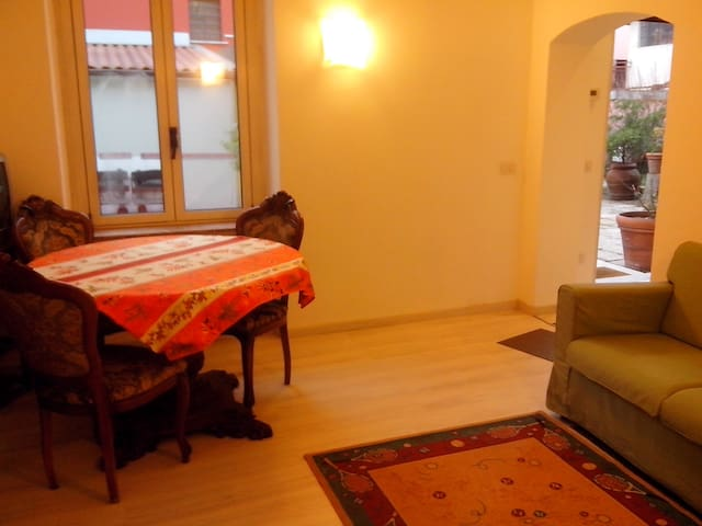 Apartment near station - Saronno - Lejlighed