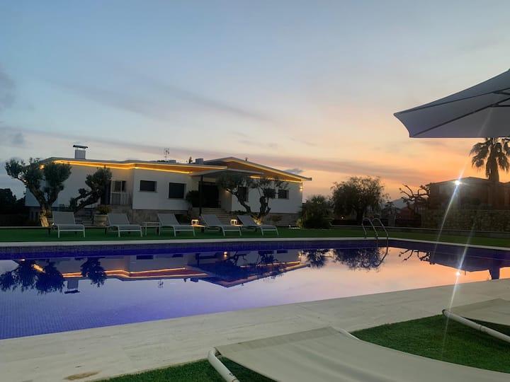 Villa Carreras
