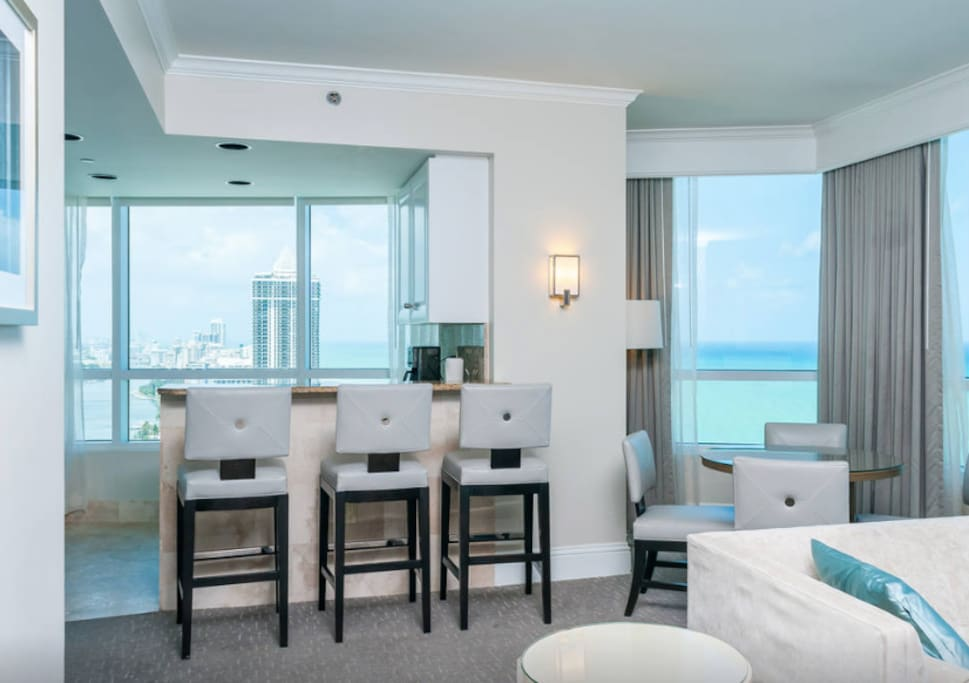 Ocean View One Bedroom Fontainebleau Apartments For Rent In Miami Beach Florida United States