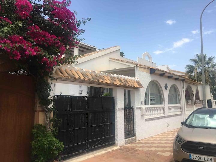 House in Los Alcazares