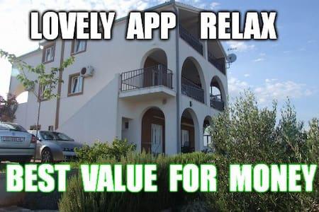 Small nice App(3+0) Sevid, Relax :) - Apartemen