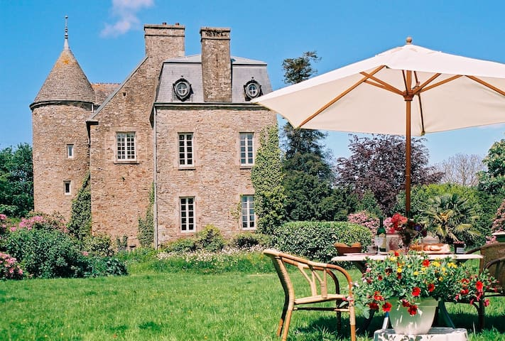 Chambre XVI chateau avec jardin - Brix - Oda + Kahvaltı