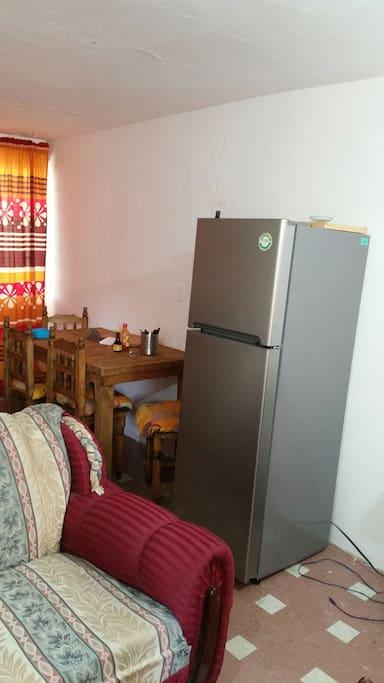 comedor y refrigerador