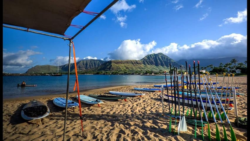 Oceanview 4 Bedroom Close to Beach - Waianae