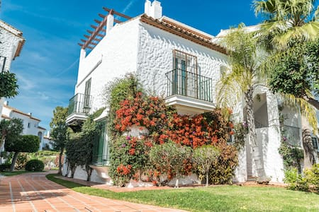 Wonderful 1BR Apt. in a serene residential area - Estepona - Pis