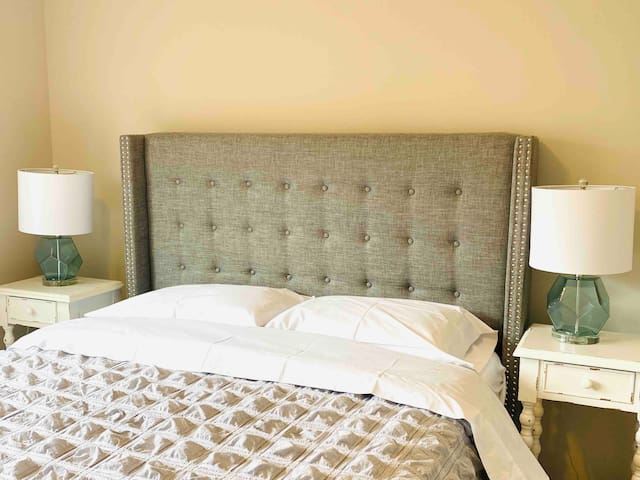 ◊ARIA Room◊ Bright,South of OSU, Downtown, MAPFRE